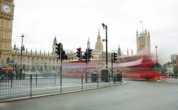 London stadstrafik, långt exponeringsfoto Arkivbild