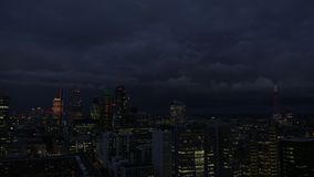 London-Stadt-Skyline nachts stock video footage