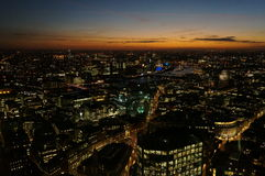 London-Stadtbild nach Sonnenuntergang Stockbilder