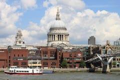 London-Stadtskyline von der Themse stockfoto