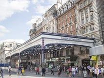 london station victoria royaltyfria bilder