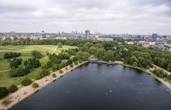 London stora Hyde Park i staden som kyler antenn 3 Arkivbilder
