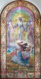 LONDON STORBRITANNIEN - SEPTEMBER 17, 2017: Den moderna målningen av omgestaltning i kyrka för St Peter Italian vid Lurati Arkivfoto