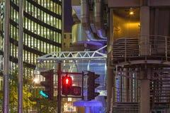 LONDON STORBRITANNIEN - SEPTEMBER 18, 2017: Detaljen av torn av Willis byggnads- och för Lloyd ` s byggnad Arkivfoton