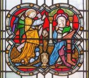 LONDON STORBRITANNIEN - SEPTEMBER 14, 2017: Förklaringen på målat glass i kyrkaSten Michael Cornhill Royaltyfri Foto