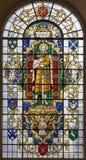 LONDON STORBRITANNIEN - SEPTEMBER 14, 2017: Stet Paul aposteln på målat glass i kyrkaSt Lawrence Jewry Royaltyfri Fotografi