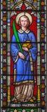 LONDON STORBRITANNIEN - SEPTEMBER 19, 2017: Stet Stephen på det satined exponeringsglaset i kyrklig rad för St Stephen ` s Roches Royaltyfria Bilder