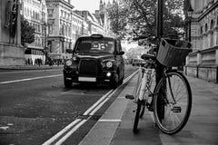 London taxitaxi Arkivbilder