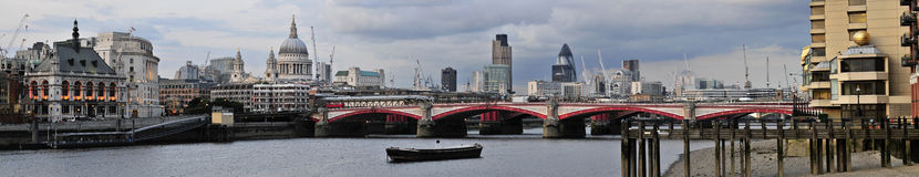 London Thames skyline Royalty Free Stock Photography