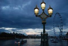 London Themsen vid natt Arkivbilder