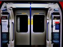 London tunnelbanadörrar Royaltyfri Fotografi