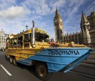 London turnerar bussen Arkivbild