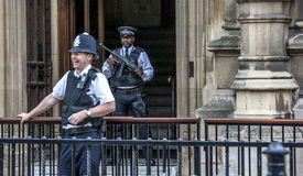 London Two Policemen front of Westminster Palace-2 Stock Photography