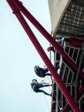 LONDON/UK - 13 ΜΑΐΟΥ: Το γλυπτό τροχιάς ArcelorMittal στο Qu Στοκ Εικόνες