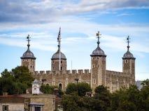 LONDON/UK - 12 ΣΕΠΤΕΜΒΡΊΟΥ: Άποψη του πύργου του Λονδίνου στο Λονδίνο Στοκ φωτογραφία με δικαίωμα ελεύθερης χρήσης
