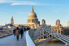 LONDON/UK - 18 ΦΕΒΡΟΥΑΡΊΟΥ: Καθεδρικός ναός του ST Paul στο Λονδίνο σε Febru Στοκ εικόνες με δικαίωμα ελεύθερης χρήσης