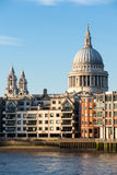 LONDON/UK - 18 ΦΕΒΡΟΥΑΡΊΟΥ: Καθεδρικός ναός του ST Paul στο Λονδίνο σε Febru Στοκ Φωτογραφία