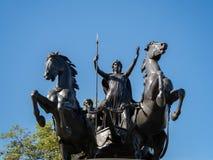 LONDON/UK - 15-ОЕ АВГУСТА: Бронзовая скульптура Томасом Thornycroft c Стоковое Фото