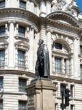LONDON/UK - 15-ОЕ АВГУСТА: Статуя Спенсера Compton в Уайтхолле l Стоковое Фото