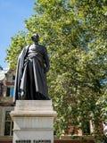 LONDON/UK - 15-ОЕ АВГУСТА: Статуя George Canning в Лондоне на a Стоковое Изображение