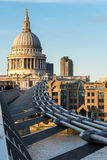 LONDON/UK - 18-ОЕ ФЕВРАЛЯ: Собор St Paul в Лондоне на Febru Стоковое Фото