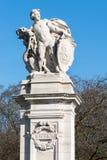 LONDON/UK - 18-ОЕ ФЕВРАЛЯ: Статуя представляя outsi Южной Африки Стоковая Фотография RF