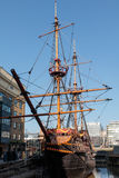 LONDON/UK - 2月13日:看法金黄后面在伦敦o 免版税图库摄影