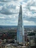 LONDON/UK - 6月15日:碎片大厦的看法在莒的伦敦 免版税库存照片