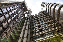 LONDON UK - APRIL 24, 2014: Stad av London en av den leda mitten av global finans, högkvarter för ledande banker, Lloyeds Arkivfoton