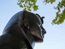 LONDON/UK - AUGUSTI 15: Sfinxen på invallningen i den London nollan Arkivbilder