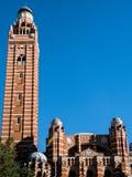LONDON/UK - AUGUSTI 15: Sikt av den Westminster domkyrkan i London Royaltyfria Foton