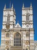 LONDON/UK - AUGUSTI 15: Sikt av yttersidan av den Westminster abben Royaltyfri Foto