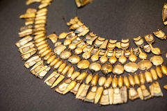 LONDON, UK, BRITISH MUSEUM. Greek jewels from the Grrek bronze age 3200-1100 BC Royalty Free Stock Photos