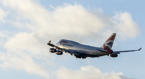 LONDON UK: CIRCA 2015: British Airways Boeing 747 Arkivbild