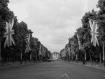 Mall in London black and white. LONDON, UK - CIRCA JUNE 2017: The Mall links Trafalgar Square to Buckingham Palace in black and white Stock Photo