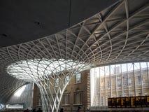 LONDON/UK - 24 DE FEVEREIRO: Reis Cruz Estação em Londres em Febru Imagens de Stock Royalty Free