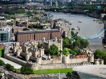 LONDON/UK - 15 DE JUNHO: Vista da torre de Londres o 15 de junho, 20 imagens de stock royalty free