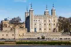 LONDON/UK - 7 DE MARÇO: Vista da torre de Londres o 7 de março, 20 fotografia de stock