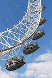 LONDON/UK - 21 DE MARÇO: Vista do olho de Londres em Londres em março Fotografia de Stock Royalty Free