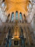 LONDON/UK - 24 FEBRUARI: Binnenlandse Mening van Southwark-Kathedraal i Stock Foto