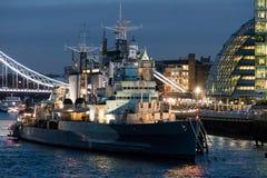 LONDON/UK - 18 FEBRUARI: HMS Belfast in Londen op 18 Februari, royalty-vrije stock afbeeldingen