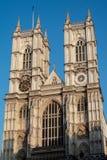 LONDON/UK - FEBRUARI 13: Sikt av den Westminster abbotskloster i London på Arkivbilder