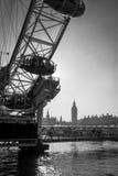 LONDON/UK - FEBRUARI 13: Sikt av det London ögat i London på Fe Royaltyfria Foton