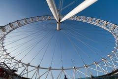 LONDON/UK - FEBRUARI 13: Sikt av det London ögat i London på Fe Fotografering för Bildbyråer