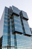 LONDON/UK - FEBRUARI 18: Sikt av en modern byggnad i den London nollan Royaltyfri Bild
