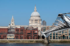 LONDON/UK - FEBRUARY 13 : Millennium Bridge and St Paul`s Cathed Stock Photography