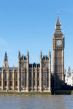 LONDON/UK - FEBRUARY 18 : View of Big Ben and the Houses of Parl Royalty Free Stock Image
