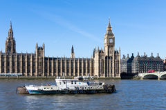 LONDON/UK - FEBRUARY 18 : View of Big Ben and the Houses of Parl Royalty Free Stock Photo