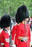 London UK-Juli 06, soldat av den kungliga vakten, Juli 06 2015 i London Royaltyfria Bilder
