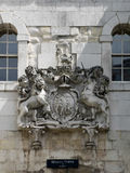 LONDON/UK - JUNE 15 : Royal Coat of Arms above the Entrance to t Royalty Free Stock Photography